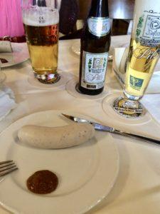 ドイツビールと白ソーセージ