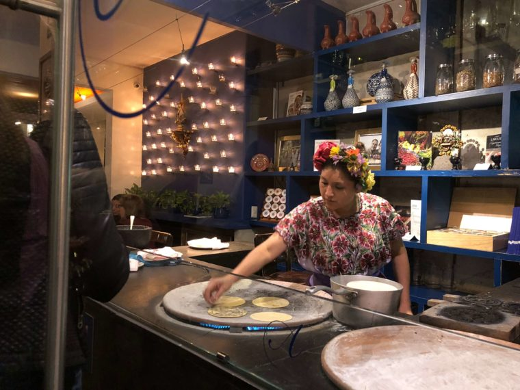 メキシコシティのレストラン タコス
