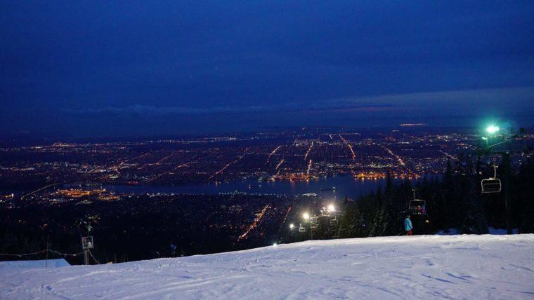 バンクーバー付近のゲレンデ スキー場 ナイター 夜景 おすすめ