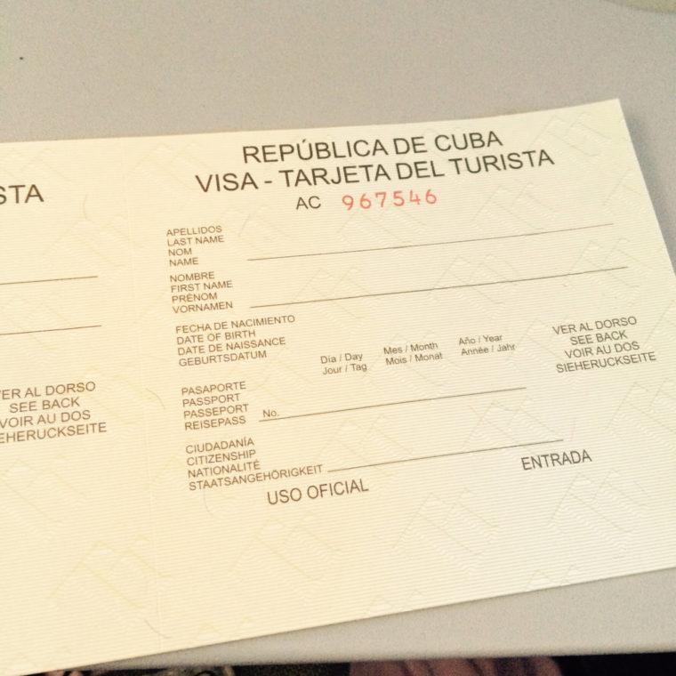 キューバのツーリストカード エアカナダの機内でもらいました