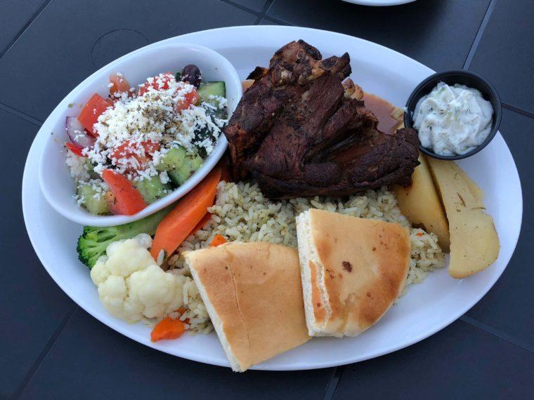 ハリソンホットスプリングのギリシャ料理レストラン 絶品ローストラム おすすめ