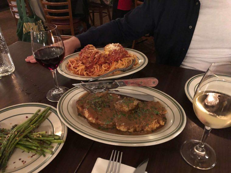 バンクーバーのおすすめイタリアンレストランのスパゲッティミートボール