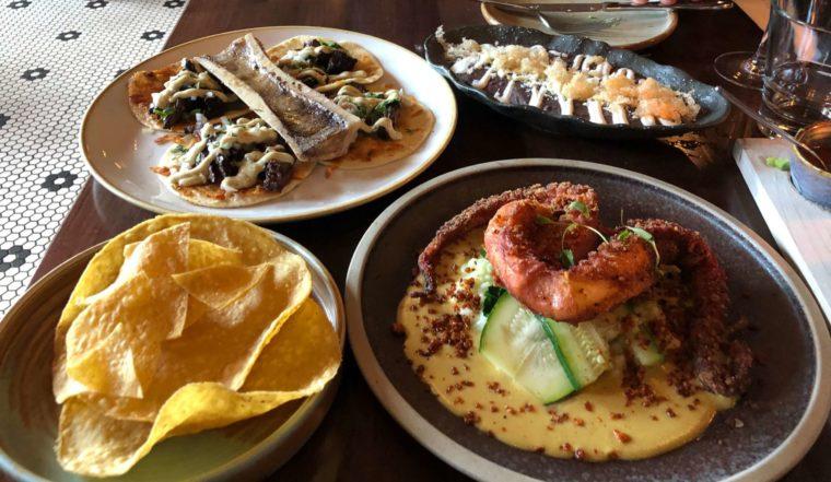 バンクーバーのおすすめデートスポット メキシカンレストラン「OPHELIA」
