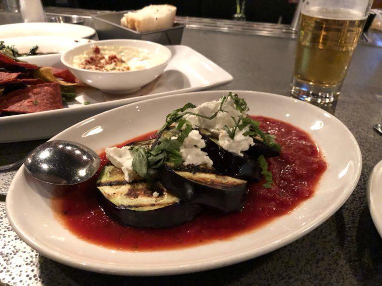 ビクトリアのおいしいレストランTapa Bar